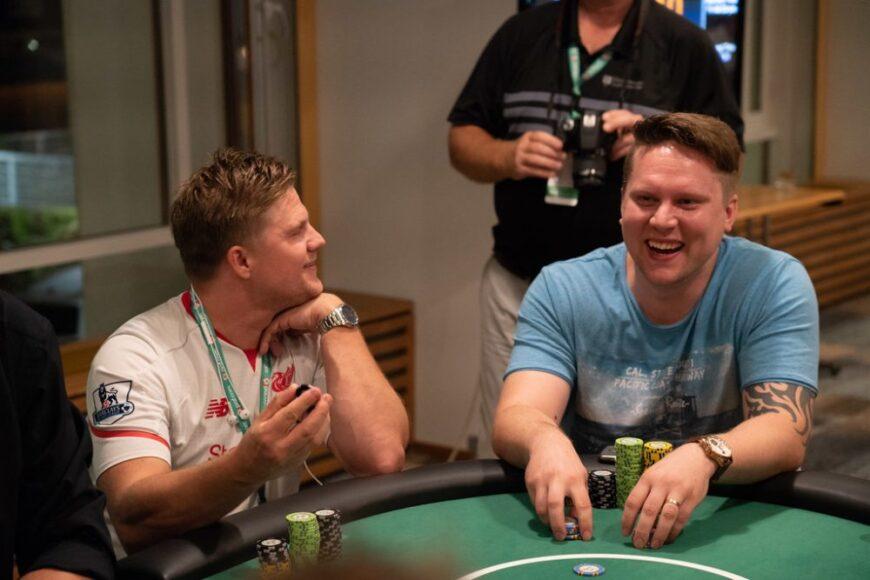 Poker-Table-etiquette-fun