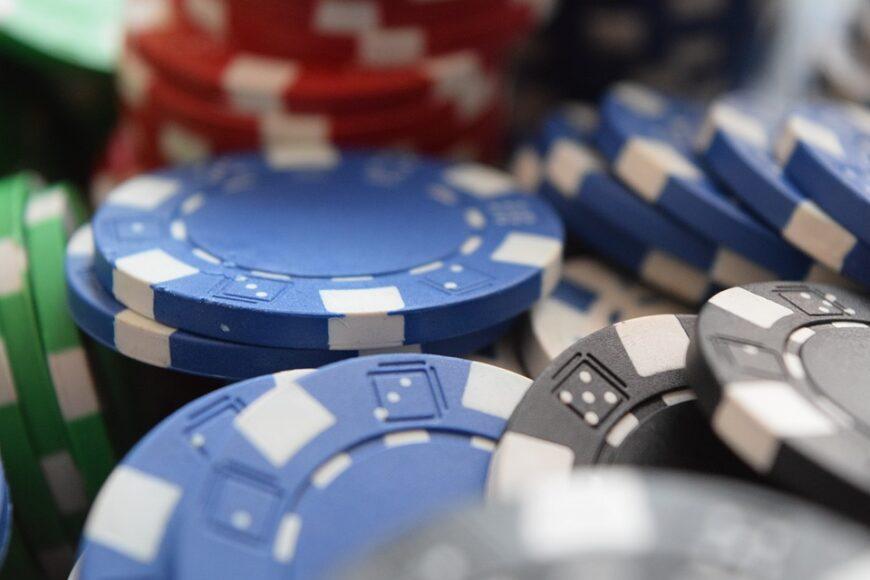 Poker-chips-ok-pixabay