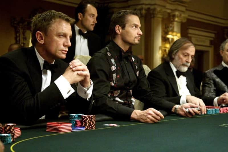 daniel craig playing a poker game